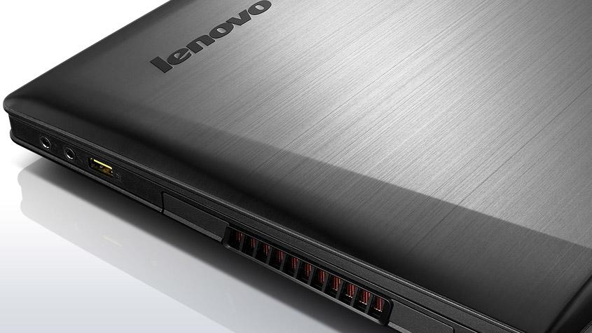 lenovo-laptop-ideapad-y500-closeup-cover-6L
